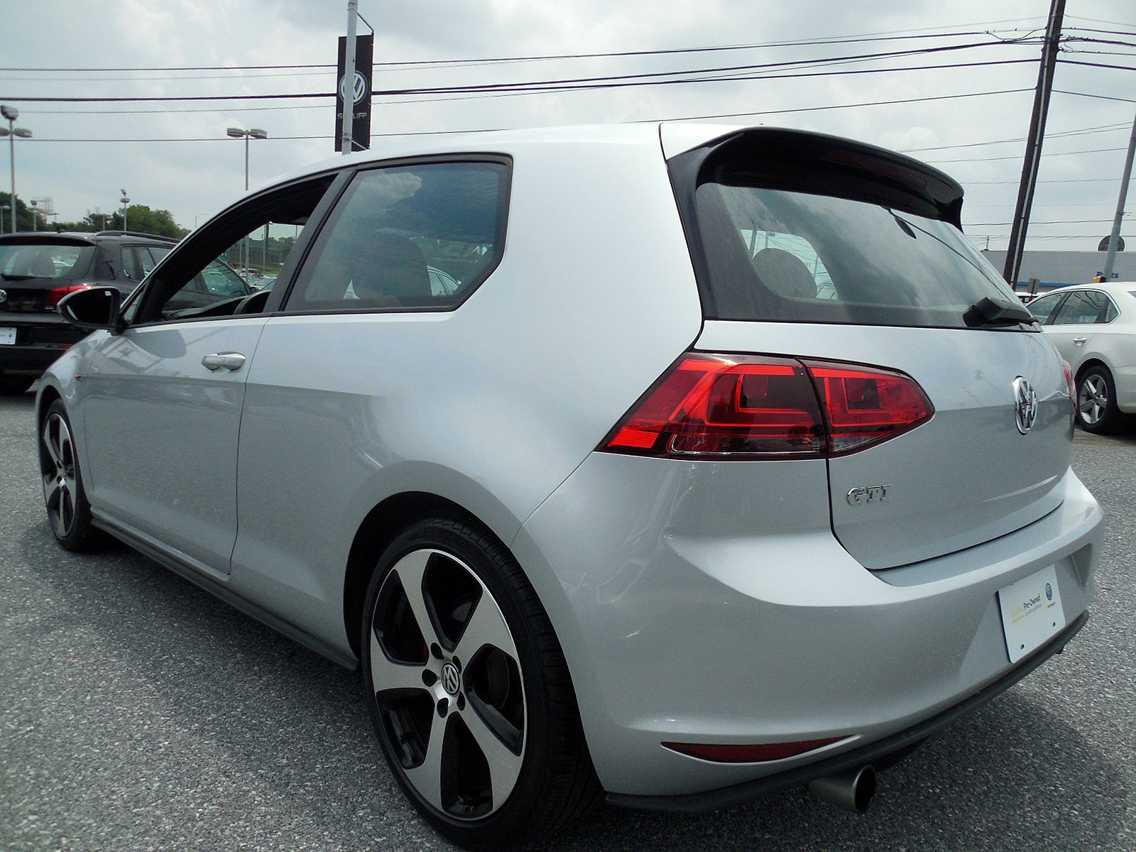 Certified Pre Owned 2015 Volkswagen Golf GTI S Hatchback in